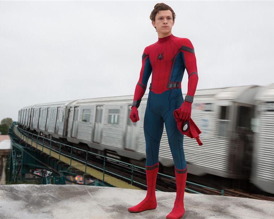 『スパイダーマン ホームカミング』ハイテク・スパイディは企業を超えて