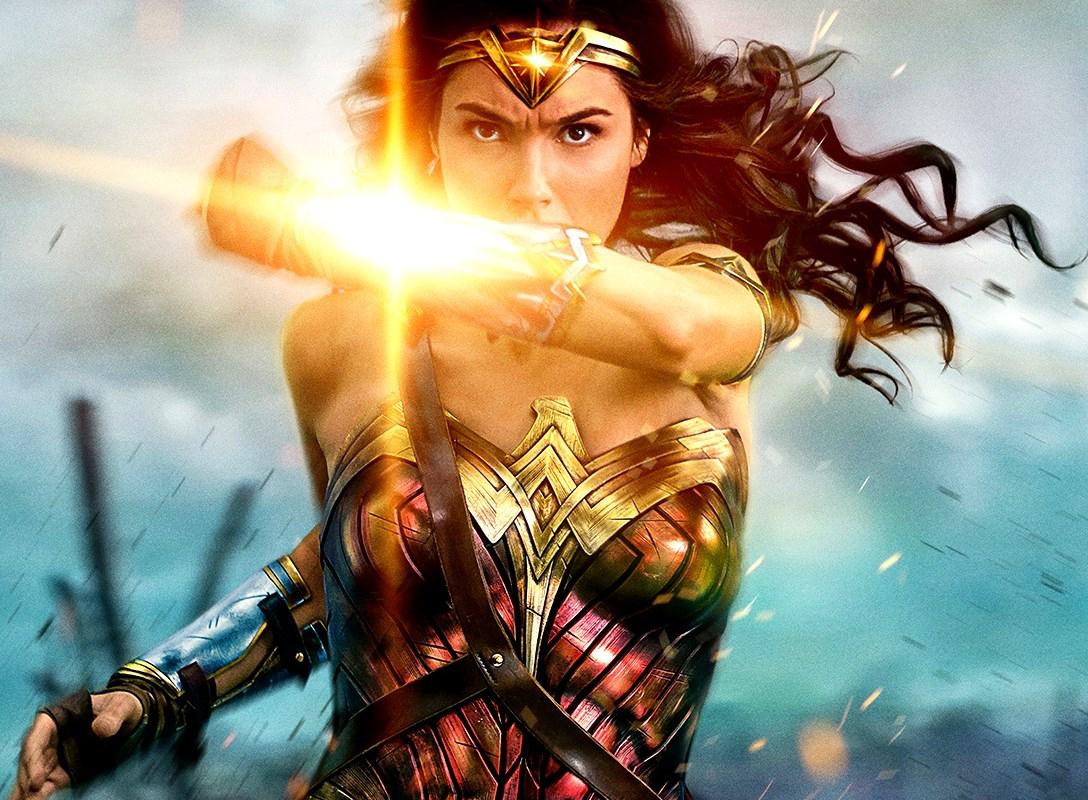 『ワンダーウーマン』女が腕力を身につけたら、男も戦争も不要となる?