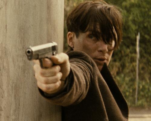 『ハイドリヒを撃て!』実録モノもスタイリッシュに
